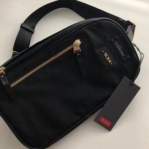 Tumi Mila small Sling bag